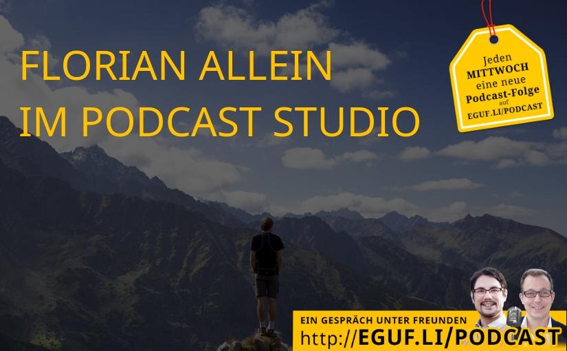 Florian allein im Podcast Studio